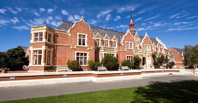 ĐẠI HỌC LINCOLN, TRƯỜNG ĐẠI HỌC NÔNG NGHIỆP LÂU ĐỜI NHẤT TẠI NAM BÁN CẦU, NEW ZEALAND.